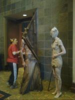 Con Picture- Pyramid Head by Teddie-Chan