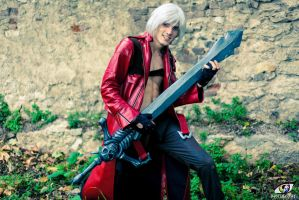 DMC 3 Dante Cosplay 5 Lets Rock by MEG-Cosplay