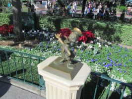Donald Duck Statue by BigMac1212