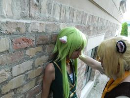 Vocaloid: cat life is beautiful Gumi and Len by Black-Sheep-NI