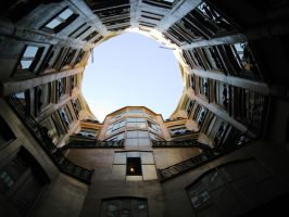 Barcelona, Pedrera hole 2 down by elodie50a