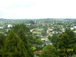 Auckland from the heights by Solacen