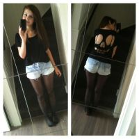 cut out skull top and bleached vintage shorts by esmecelene