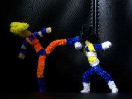 Pipe Cleaner Goku vs Vegeta by Naryx