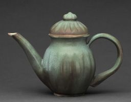 beaten bronze teapot by cl2007