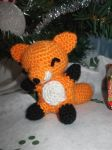 chibi Fox by KarlasCuteCrochet