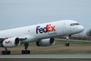 Fedex 757-200 Rotating early by tdogg115