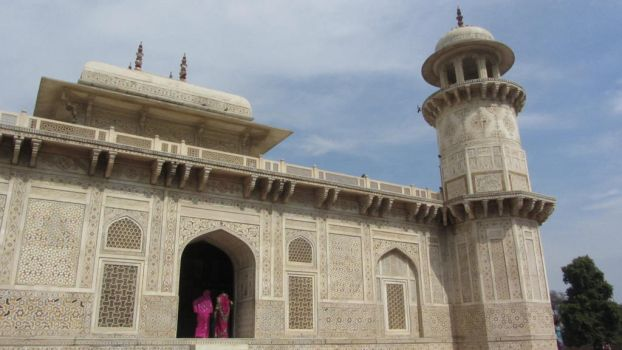 Tomb of Itimad ud Daulah by Herka