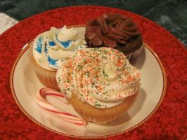 Holiday Cupcakes by Kafae-Latte