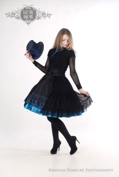 Gothic skirt and overskirt by zeloco