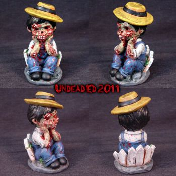 Bored To Death OOAk figurine Z by Undead-Art