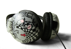 Alice Hand Painted Headphones2 by Ketchupize