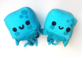 Jellyfish Plushes by CosmiCosmos