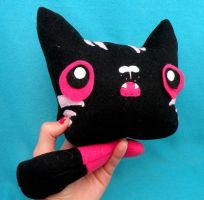 Limbless Kitty in Black n Pink by loveandasandwich