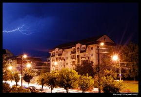 Lightning in Cluj-Napoca by andreicd
