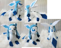 Shiny Glaceon plushie by Rens-twin