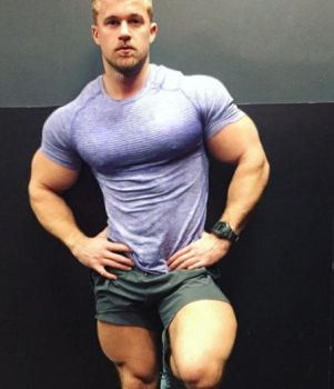 Blue Shirt by resonancegym
