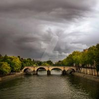 Sept in Paris... by VaggelisFragiadakis