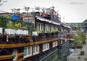 Elegant houseboats by EUtouring