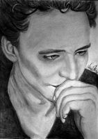 Tom Hiddleston by MariaMisen