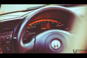 9000 rpm by DimitriBokowPhoto