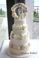 Romance wedding Cake by Verusca