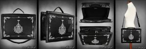 Chandelier suitcase by Euflonica