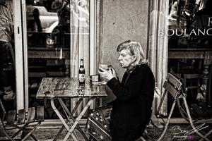 A Old Woman and a Beer by Phigraphie