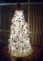My Christmas Tree 2009 by Baby-Ghost