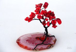 Coral wire tree sculpture by IanirasArtifacts