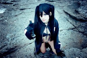 Black Rock Shooter by ZutaraSakuno
