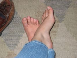 My Feet 2 by goosehonker-stock