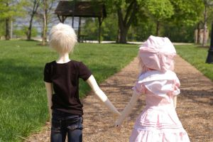A walk in the park by oXtatsukoXo