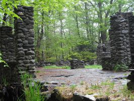 Stone Ruins on a cloudy day by mirengraphics