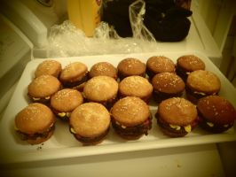 Hamburger Cupcakes by ghostarrt