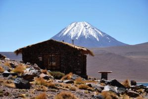Under the volcano - Altiplano - Chile - 2011 by g-dh