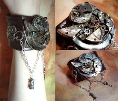 Chronogauge Device Cuff by sadwonderland
