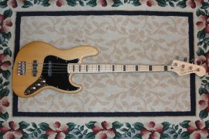 Vintage Modified Jazz Bass by FoxTail8000