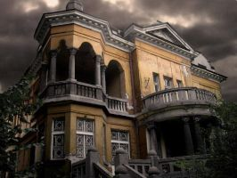 Old house in Sofia by Curunir1
