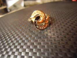 pastille ring engraved by Debals
