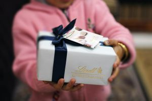 Choclate Gift by linkq
