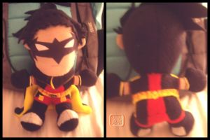 Robin -TTF style- the Plushie by VesteNotus