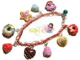Yummy Christmas Bracelet by colourful-blossom