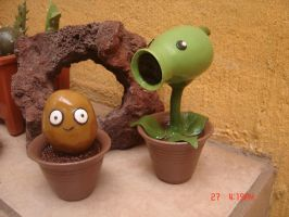 Plants Vs Zombies :D by Metaplasmico