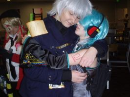 Prussia and Mikuo - Tigercon 2012 by WolvesOfComedy