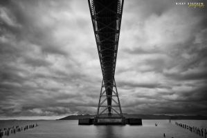 Astoria Bridge by djniks97