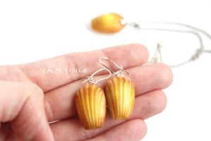 Madeleine Cookies Earrings French Style Handmade by LaNostalgie05