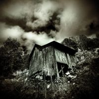 Deadhouse by ToWelcomeTheFade