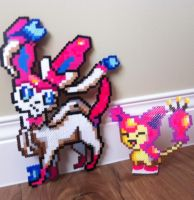 [PERLER] Sylveon and Skitty by GreatMasterofChibis