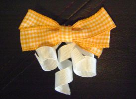 Fall Bow by Ms-Mordant